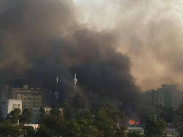 Foto: Mesjid dan Rumah Sakit Rabi'ah Adawiyah yang dibakar Aparat Mesir